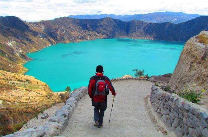 Full-Day Quilotoa Lake Hiking Tour from Quito