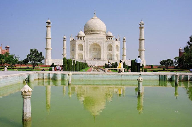 2-Day Private Tour to Agra and Taj Mahal from Delhi by Car