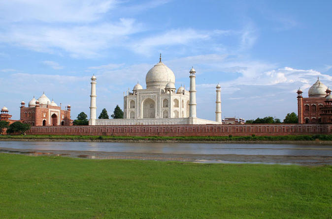 Private Full-Day Sunrise and Sunset Tour at the Taj Mahal and Agra Fort from Agra