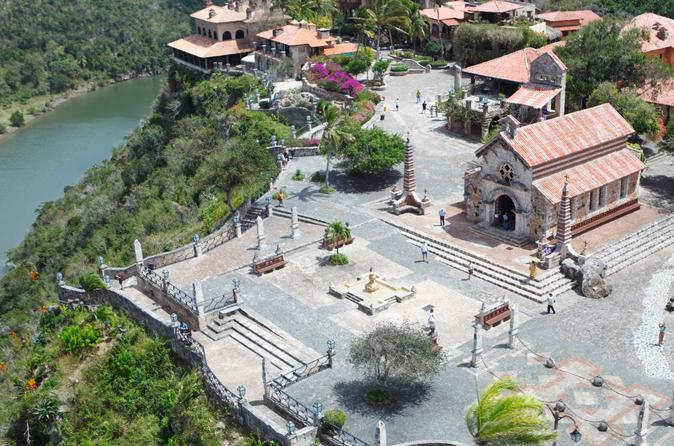 Altos de Chavon Tour and Saona Island Cruise from Punta Cana
