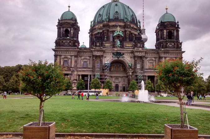 Warnem nde shore excursion private historical highlights tour of in berlin 288580
