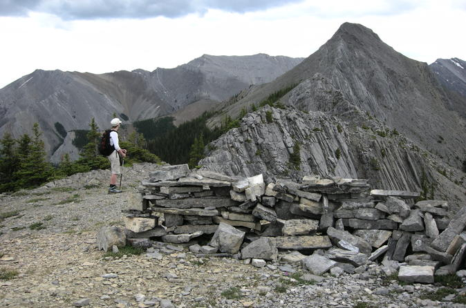 Day hike and lunch in kananaskis country in canmore 376055