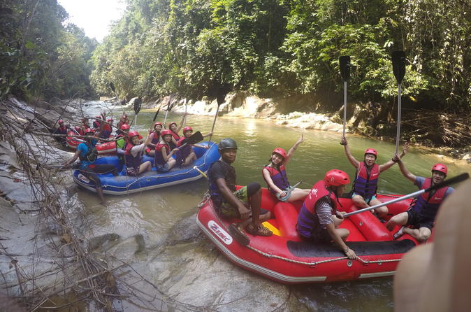 Gopeng rainforest white water rafting adventure in ipoh 226852