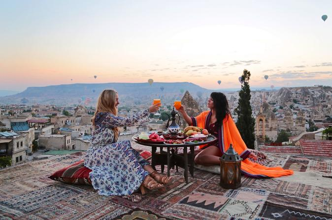 3-Day Cappadocia Tour with Sultan Cave Suites From Istanbul
