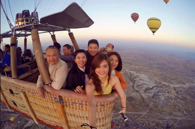 Cappadocia Sunrise Hot Air Balloon with Flight from Istanbul