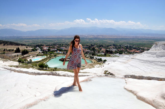 Pamukkale Hot Springs Tour from Istanbul by Overnight Bus