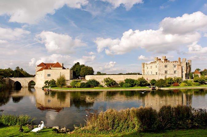 Leeds Castle, Canterbury and Dover Tour from London