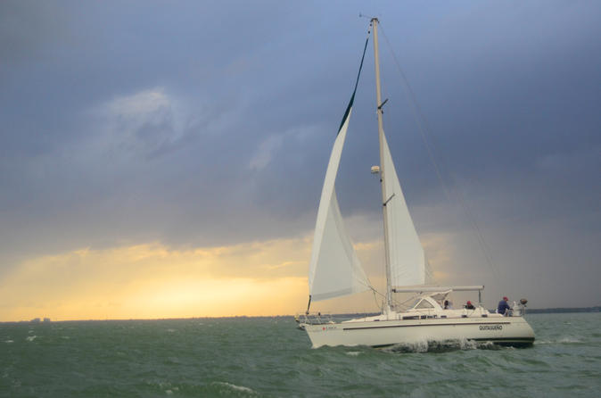 Private Sailing Trip on Biscayne Bay with Professional Photographer