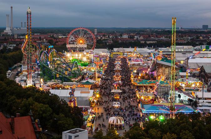 Excursão para grupos pequenos pela cidade de Munique e no Oktoberfest, incluindo mesa de tenda reservada no Oktoberfest