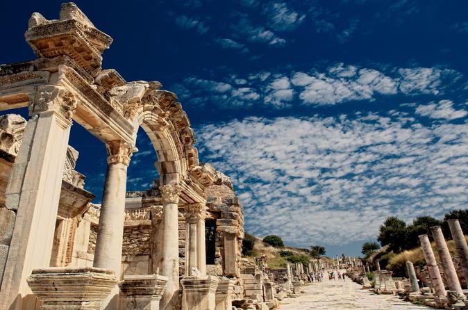 Ephesus and Pamukkale Small-Group Tour from Kusadasi