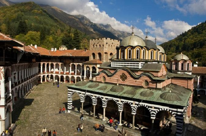 Mosteiro de Rila e Igreja Boyana com almoço leve