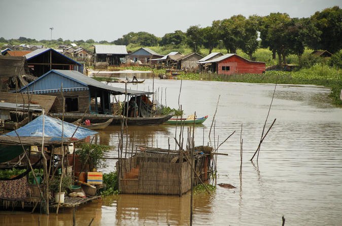 Half-Day Meychrey Floating Village Tour from Siem Reap