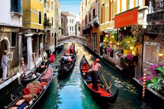 5-Days North Italy Tour: Venice and Milan by Rail