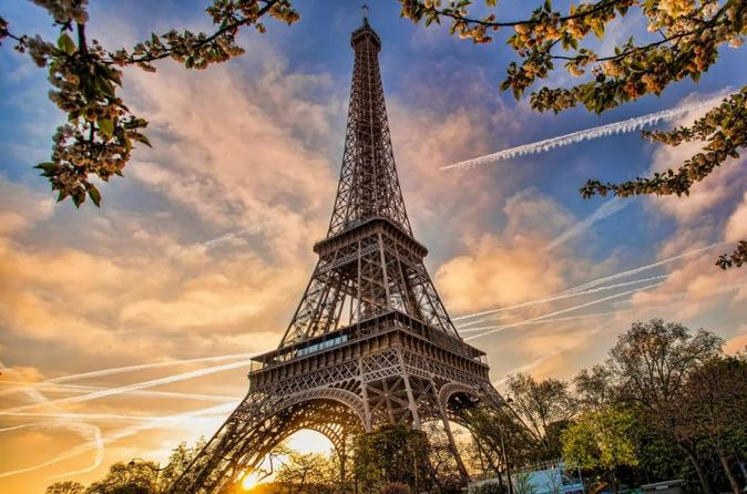 Full-Day Private Custom Tour of Paris by Car or Metro