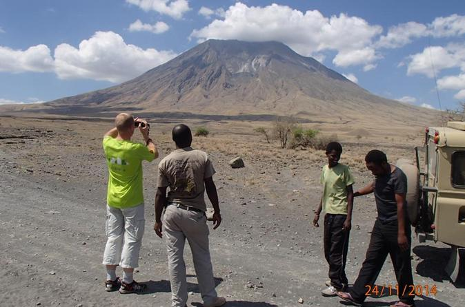 4 Day Lake Natron Mt Oldonyolengai, Hadzabe Bushmen and Ngorongoro Crater