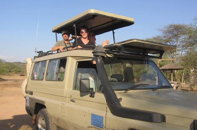 4 Day Luxury Safari Lake Manyara Serengeti and Norongoro