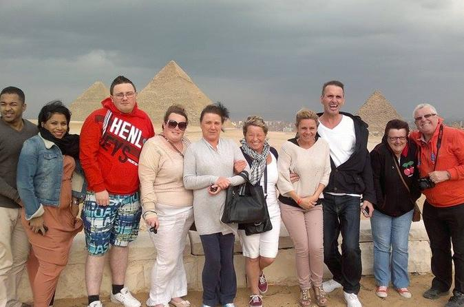 Full Day Tour in Giza Saqqara and Memphis Including Entrance