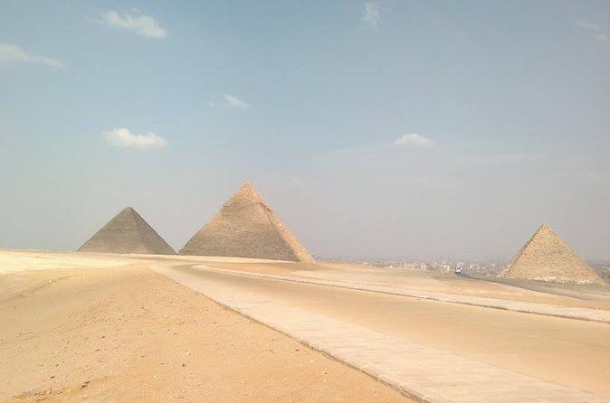 Half Day Tour To Giza Pyramids and The Sphinx From Giza