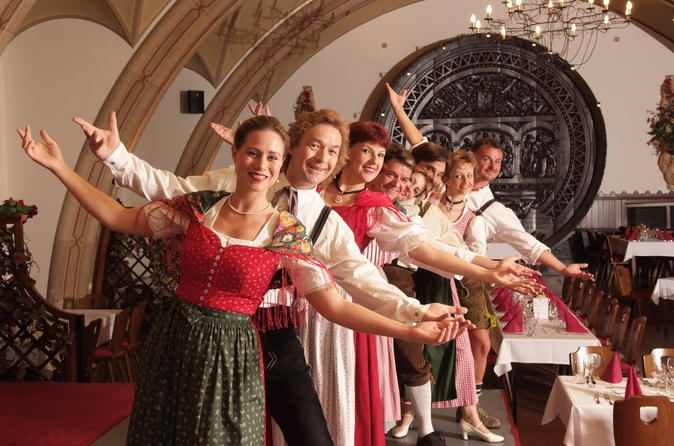 Austrian Dinner Show in Vienna