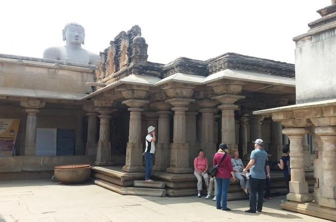 Full-Day Shravanabelagola Tour from Bangalore by Motorcycle or Car