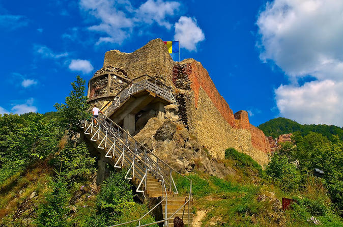 Full-Day Mythical and Religious Private Tour to Curtea de Arges Monastery from Bucharest