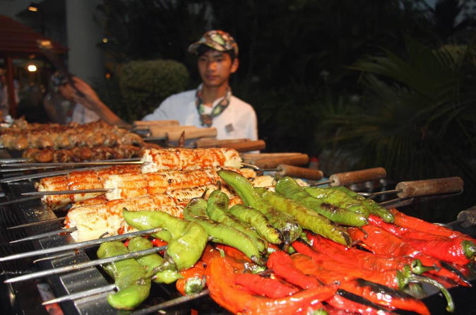 3 hour private night tour beijing foodie experience in beijing 323326