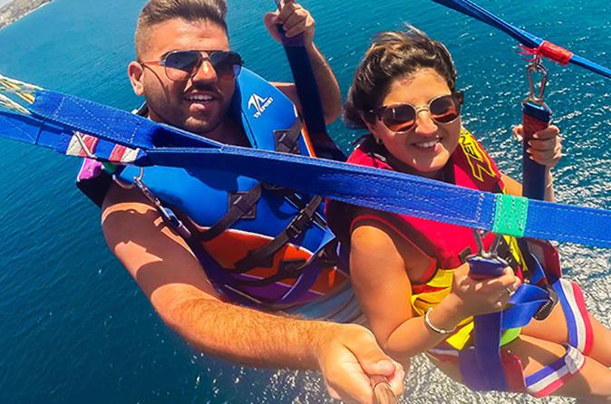 Cruzeiro de catamarã em Punta Cana: parapente e mergulho com snorkel