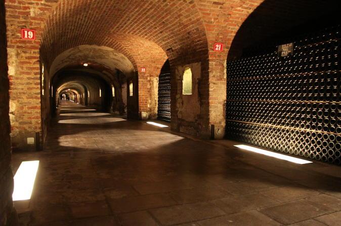 Kleingruppen-Tagestour von Moët et Chandon und Taittinger mit Champagnerverkostung aus Reims