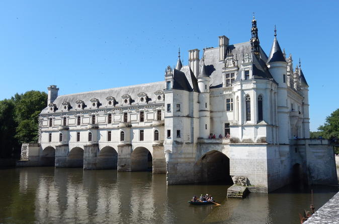 Small group day tour of loire valley chenonceau amboise and clos luc in tours 262710