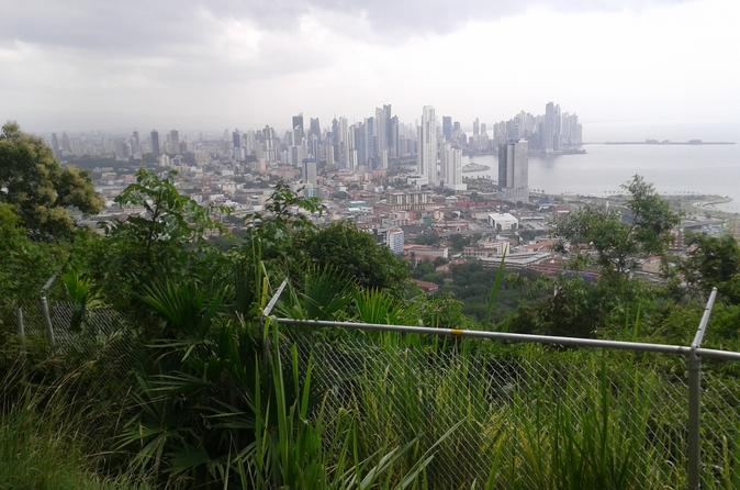 Mi Pueblito and Ancon Hill Tour in Panamá City