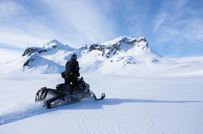 Wonders of Iceland: Golden Circle and Glacier Snowmobiling from Reykjavik