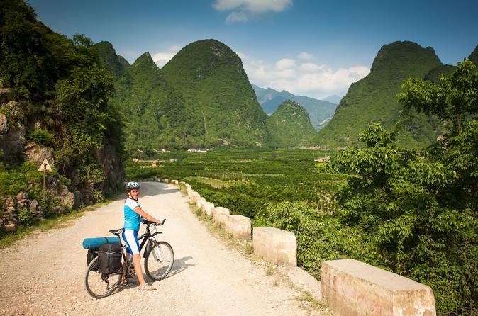 3-Day Self-guided Yangshuo Weekend Tour By Bullet Train from Hong Kong