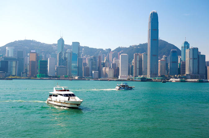 Layover Tour from airport - Classic Hong Kong with Tram Ride and Dinner Cruise