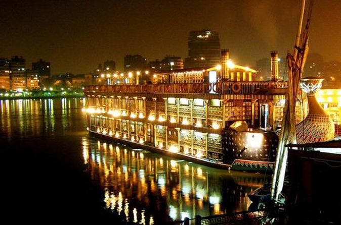 2-Hour Dinner Cruise in Cairo with Entertainment Show