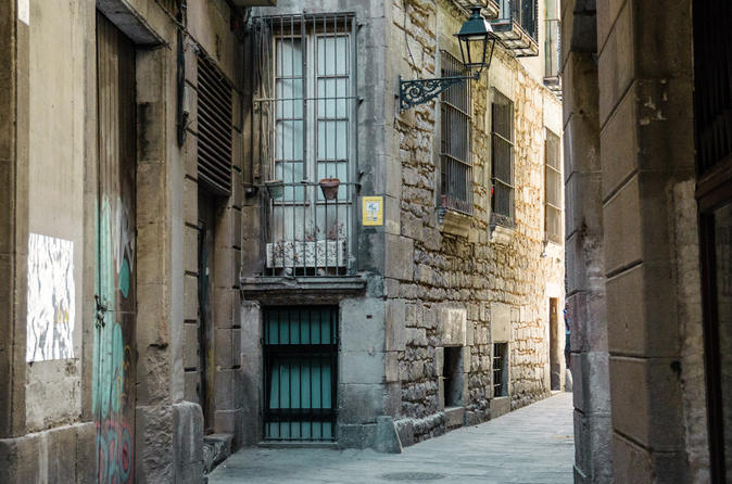 Walking History Tour of Barcelona's Jewish Quarter
