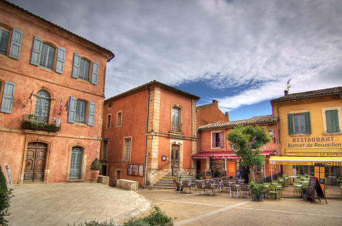 Luberon Small-Group Guided Half-Day Trip from Avignon