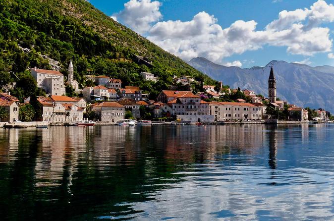 Montenegro's Coast Day-Trip from Dubrovnik by Luxury Minibus