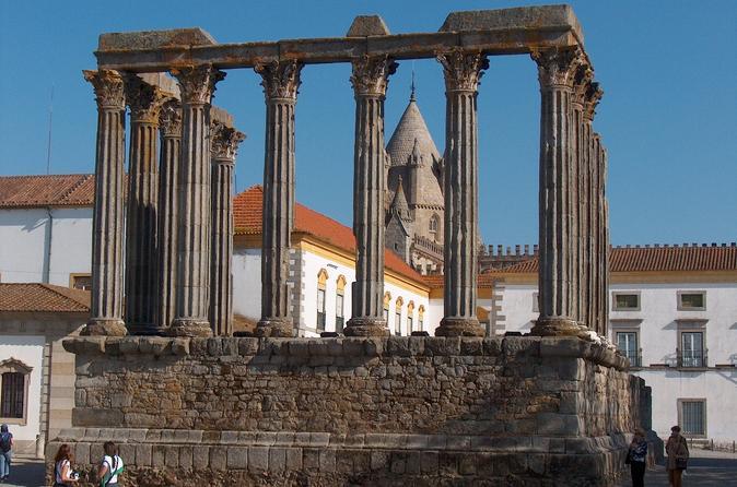 Évora and Estremoz Private Day Tour from Lisbon