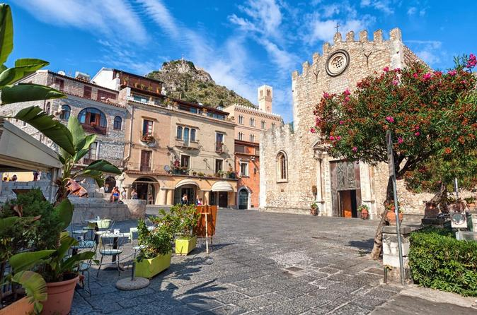 Giardini Naxos, Taormina and Castelmola Half-Day Tour from Catania