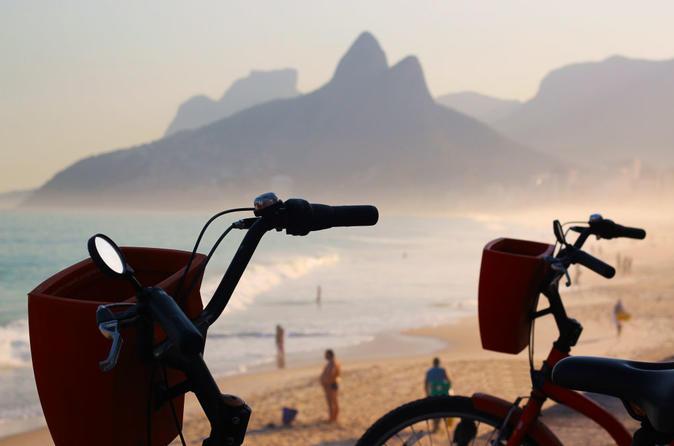 Rio de janeiro bike tour including vermelha beach and arpoador in rio de janeiro 238728