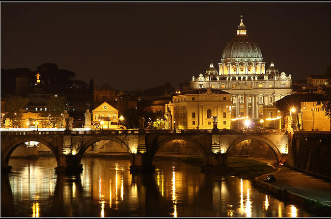 Vatican Friday Night Private Tour - Transfers Included - Rome