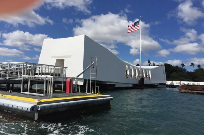 Pearl Harbor and Oahu North Shore Small Group Tour