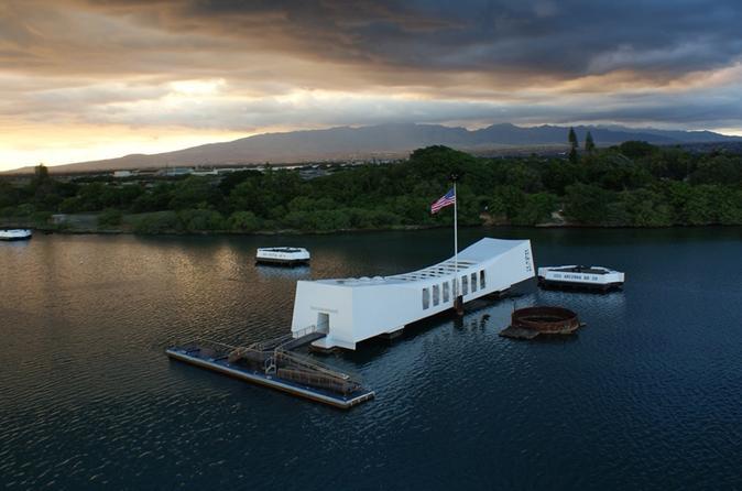 USS Arizona Small Group Transfer with Panoramic Honolulu Tour