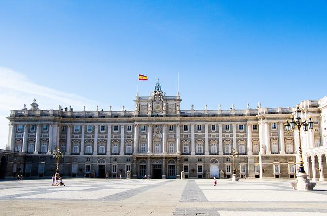 Madrid Midday Authentic Food Tour with Royal Palace