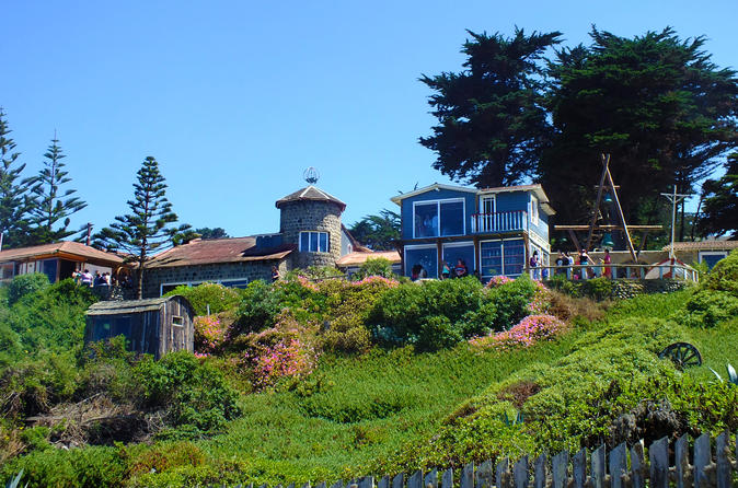 Neruda's Route in Isla Negra and Tradition in Pomaire