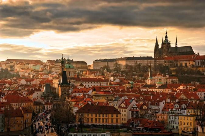 Two-Hour Morning Walking Tour of Prague Castle