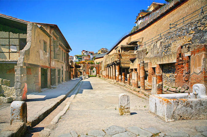 Private skip the line tour of pompeii herculaneum and oplonti in naples 433187