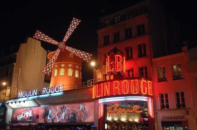 Cruzeiro pelo Rio Sena e Show no Moulin Rouge com uma Taça de Champanhe