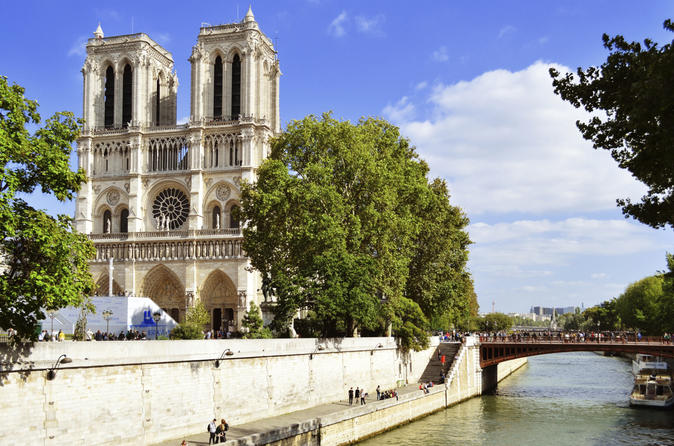 Guided Notre Dame de Paris Tour