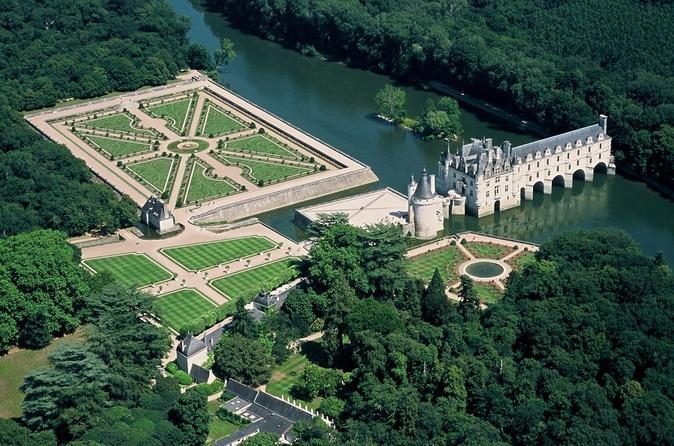 Loire Valley Castles Audio Guided Tour
